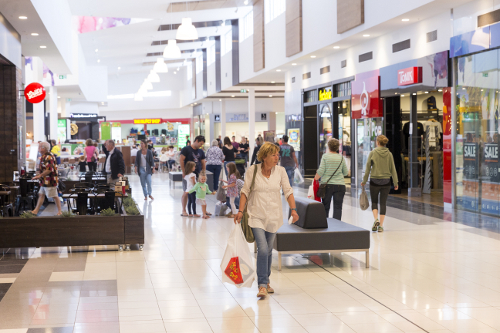 Coles_Kmart-Mall_leading-to-FoodcourtW